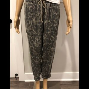 Anthropologie camouflage joggers by cloth & Stone